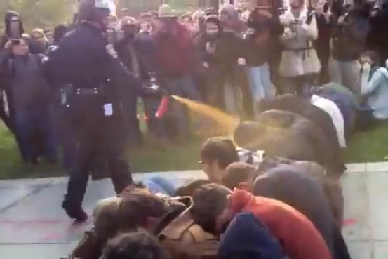 Wow: Peaceful College Students Pepper Sprayed by Police at UC Davis