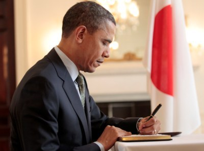 Former Marine Sells Handwritten Obama Letter to Help Pay Bills