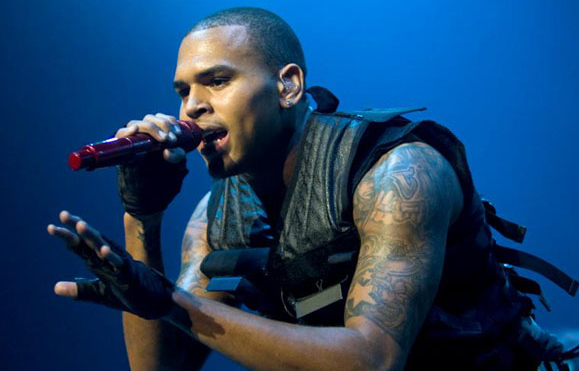 Chris Brown Out Of Control,Steals Fans IPhone
