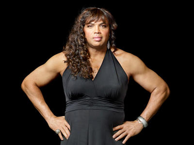 Charles Barkley  in drag for new Weight Watchers ad: Scary!