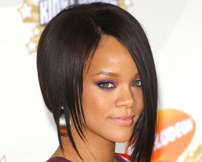 Rihanna And Ashton Kutcher? Naw, Really?