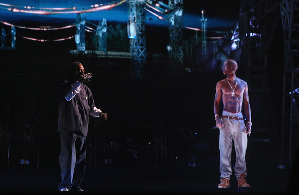 How Tupacs Hologram Was Created For Coachella