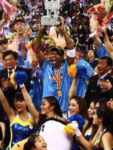 Chinese Fans Build Statue for Stephon Marbury's Championship Performance