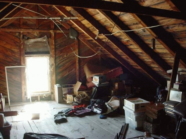 Woman Finds Out Her Ex-Boyfriend Has Lived in Her Attic for Weeks