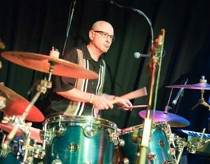 Drummer Dies of a Heart Attack in the Middle of His Show