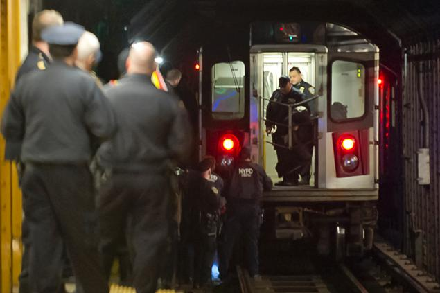 Woman Lies Down on Subway Tracks on New Years Eve, Run Over by a Train
