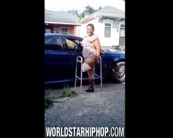 Just Khaotic! New Orleans Female Twerking With One Leg!