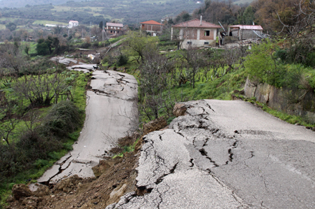 Earthflow and Landslide in Italy!